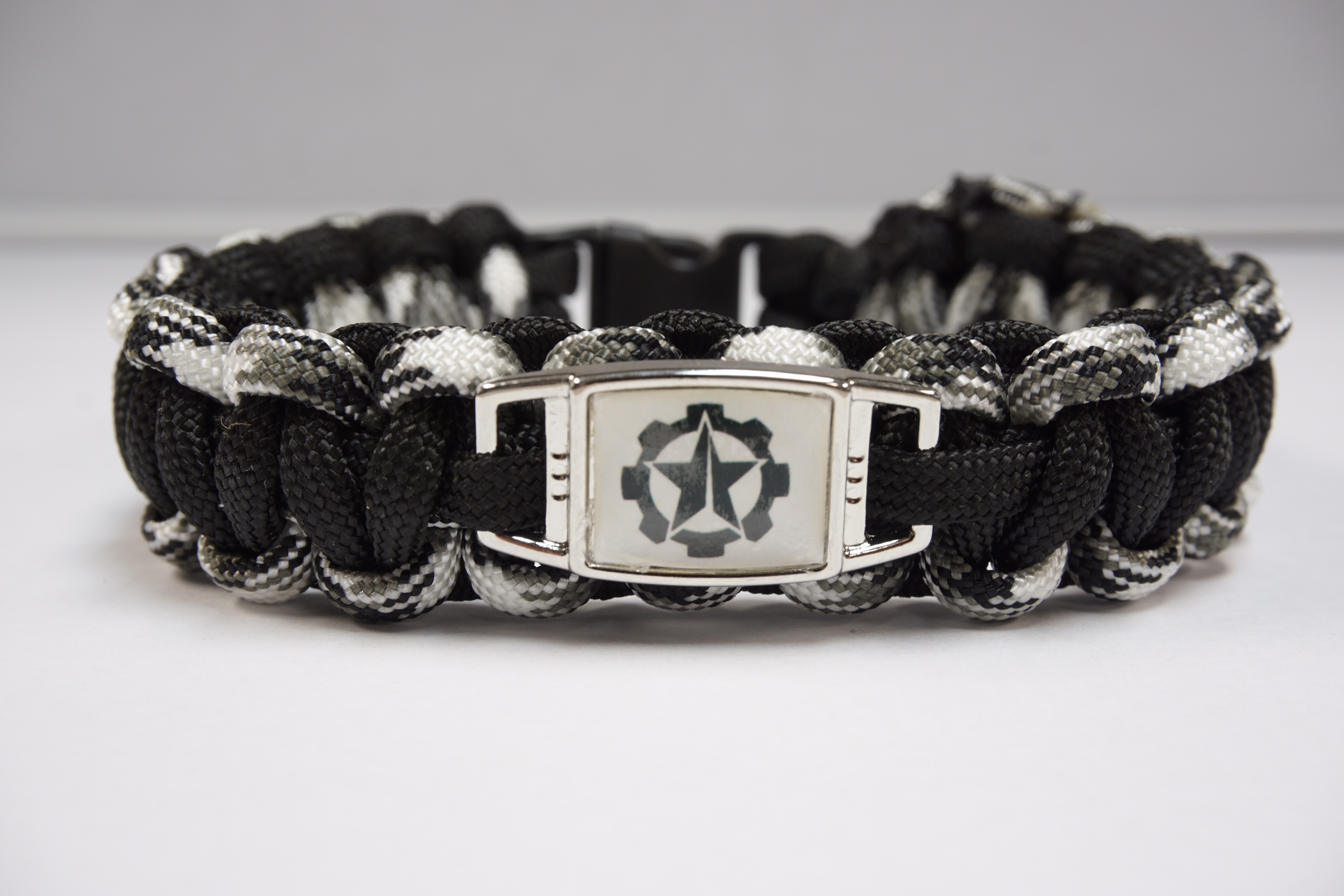 Dc Strong Paracord Survival Bracelet